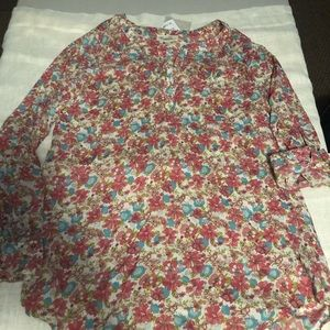 NWT Floral Tunic size Large